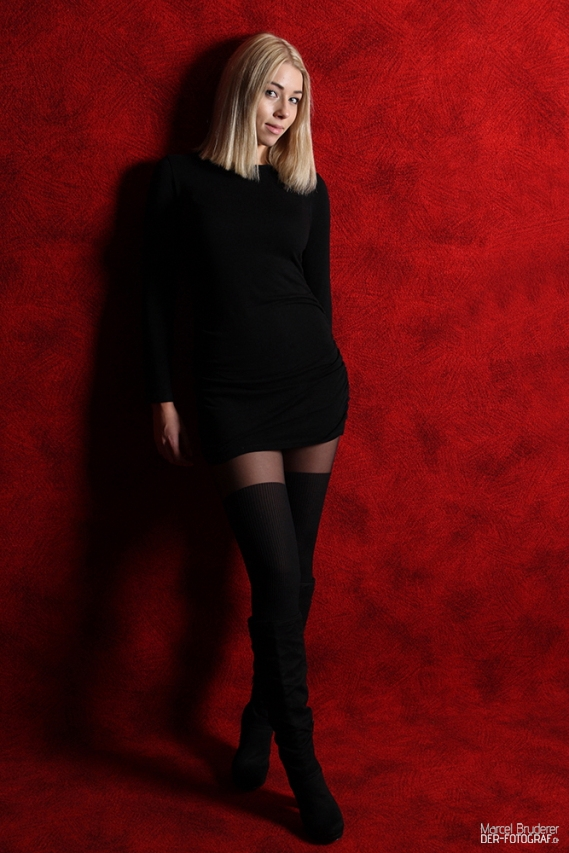 Shooting im Attraktiven Kleid
