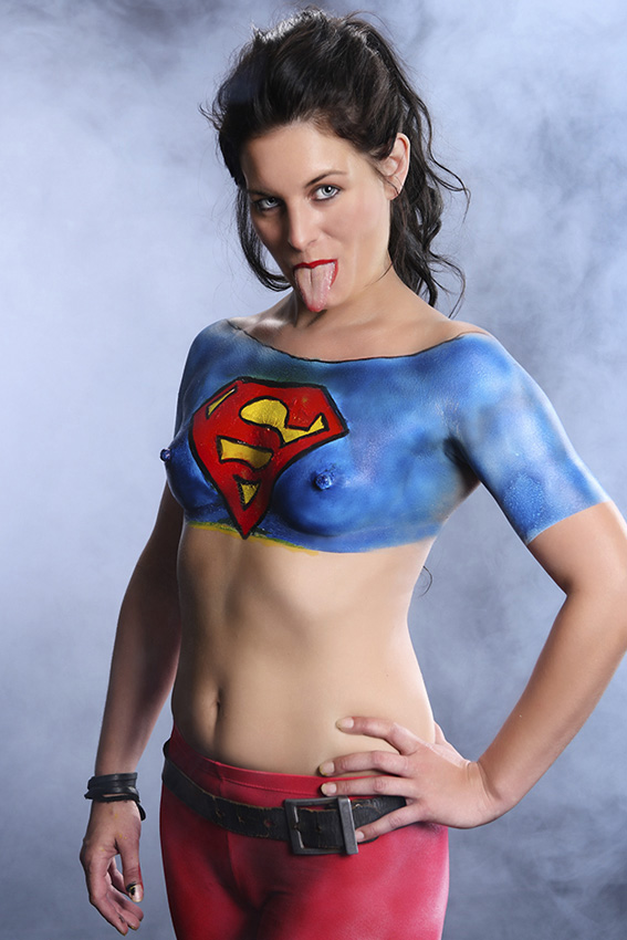 Superwoman Body-Paint, Body-Paint-Design,Supergirl Costume,Bodypainting, Bodypaint Panties, Painted  Women Costume